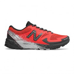Zapatillas de Trail New Balance Summit KOM OI18 Coral Gris Negro
