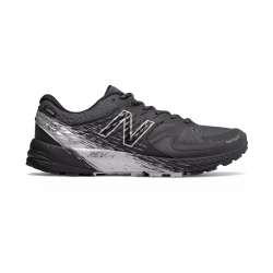 Zapatillas de Trail New Balance Summit KOM GTX OI18 Negro