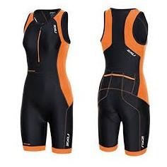 Tritraje 2XU Perform Trisuit Negro/Naranja con cremallera trasera